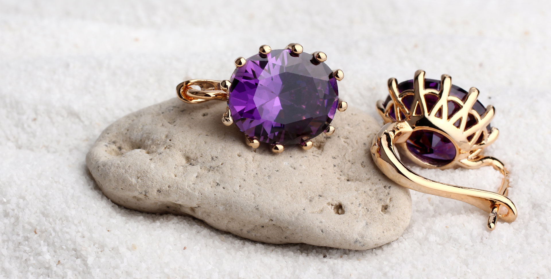 Jewellery Marketing Image Sand
